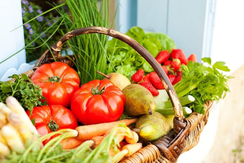 What foods stop cancer growth? Cancer Preventing Foods.