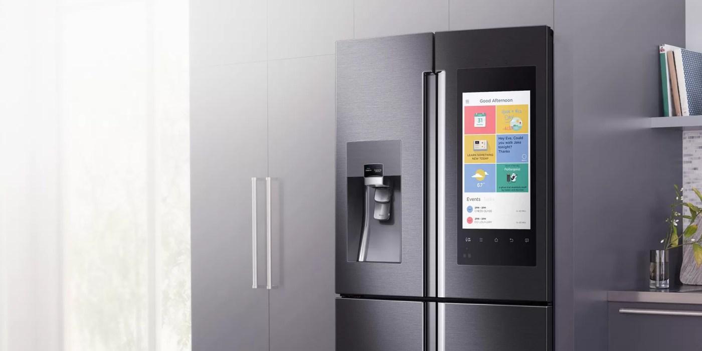 Samsung family hub il frigorifero smart con display for Frigorifero samsung con schermo