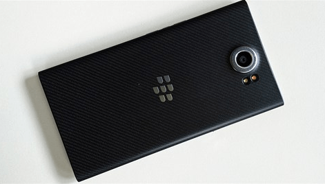 Latest-pictures-of-the-BlackBerry-Priv1