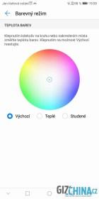 Barvy displeje lze upravit
