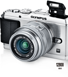 Olympus E-P3 comes with interesting features but can't compete with D-SLR