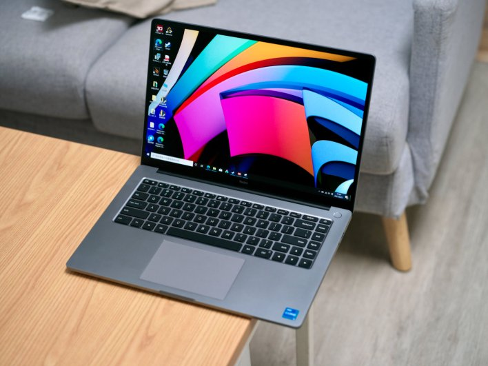 RedmiBook Pro 15 Review: 15.6-inch 3K 90hz Display, Starting at $774.99