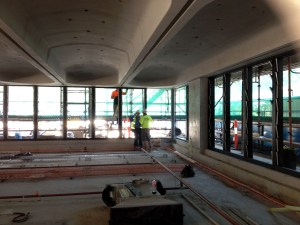 The interior of the building is progressing. Louvres are presently being installed.