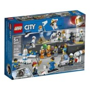 LEGO-City-Space-Summer-2019-60230-People-Pack-Space-Research-and-Development-1