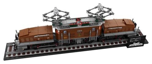 LEGO Crocodile Locomotive (10277) - Top down