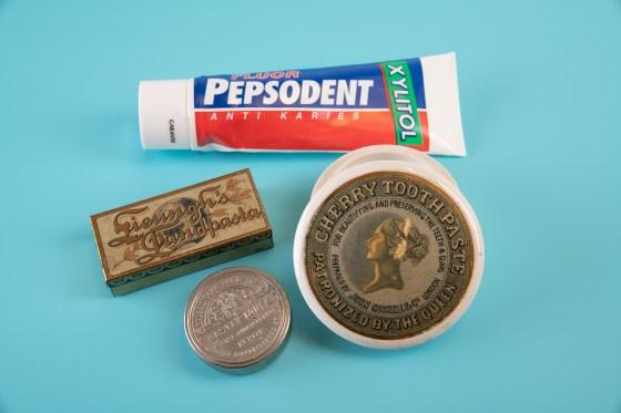 De ulike tannkremene som innlegget handler om.