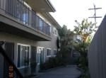 2117 Courtyard 3