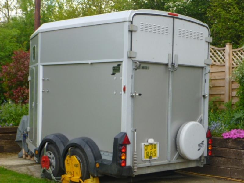 Horsebox Trailer - G J Wisdom Commercial Auctioneers (Bexley, London)