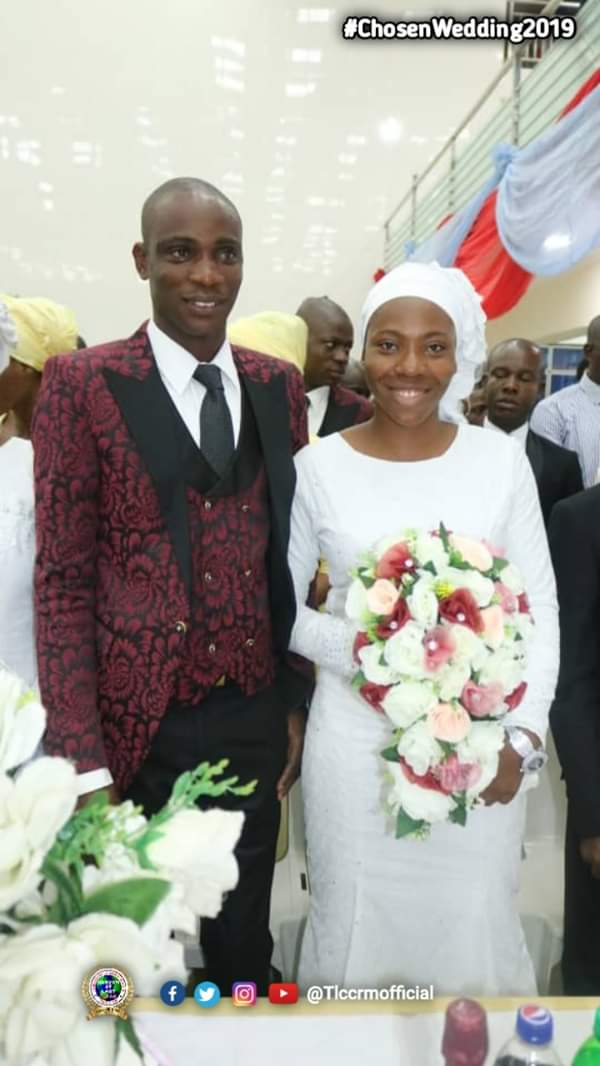 Lord's Chosen Members Wed Without Makeup In Lagos (See Photos) 1