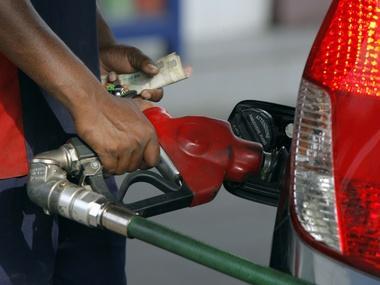 Federal Government Speaks On Increasing Petrol Pump Price In June
