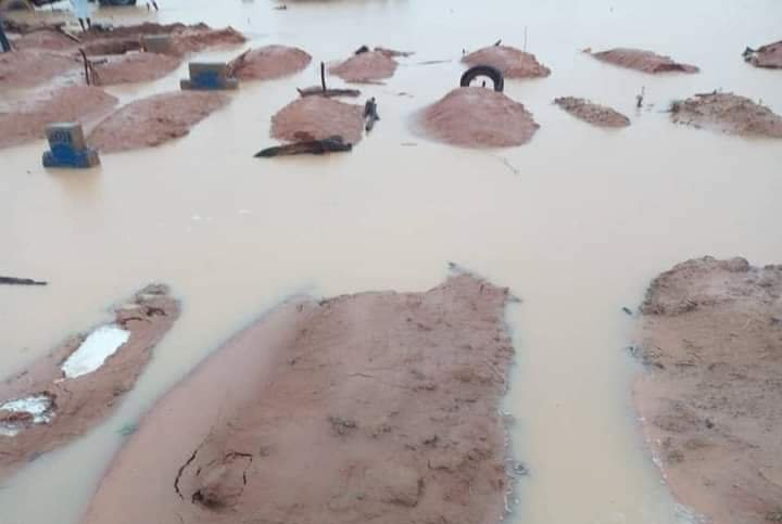 Flood Submerges Graveyard, Exposes Corpses In Senate President's Home Town (Photos) 3