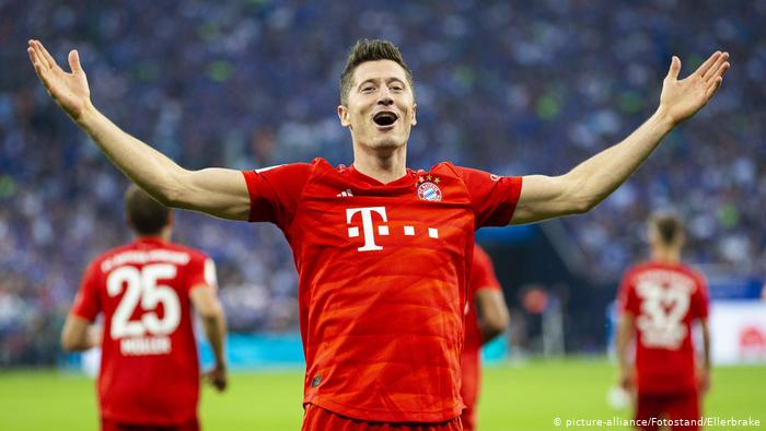 CONGRATS!! Lewandowski Wins Germany's Footballer Of The Year Award For The Second Time