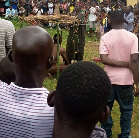 Man Caught Sleeping With His Sister In Benue (Photos) 1