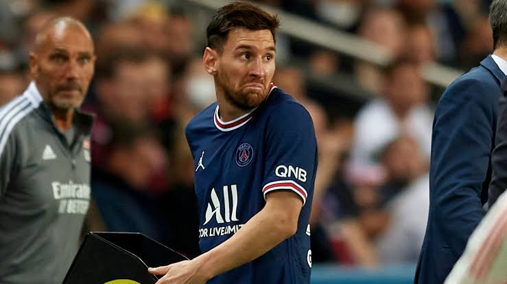 Tension In PSG As Lionel Messi Suffers Injury (See Details)