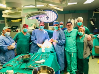 Πρωτοποριακή  Αγγειοχειρουργική αποκατάσταση πλήρως αποφραγμένης καρωτίδας