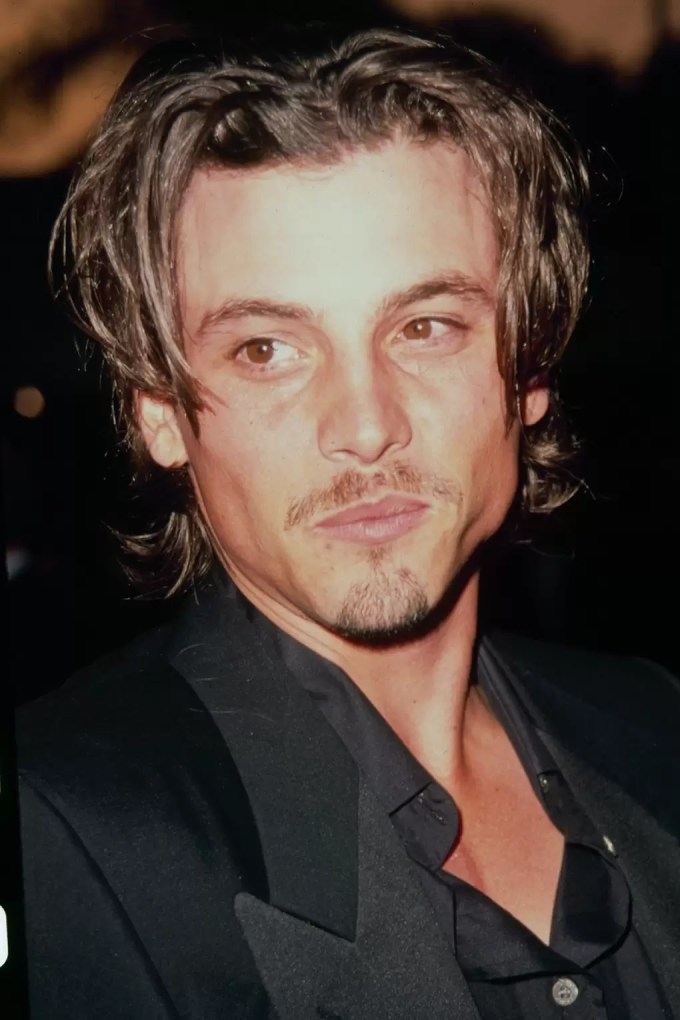 men's hair trend 90s - hair curtains | glamour uk