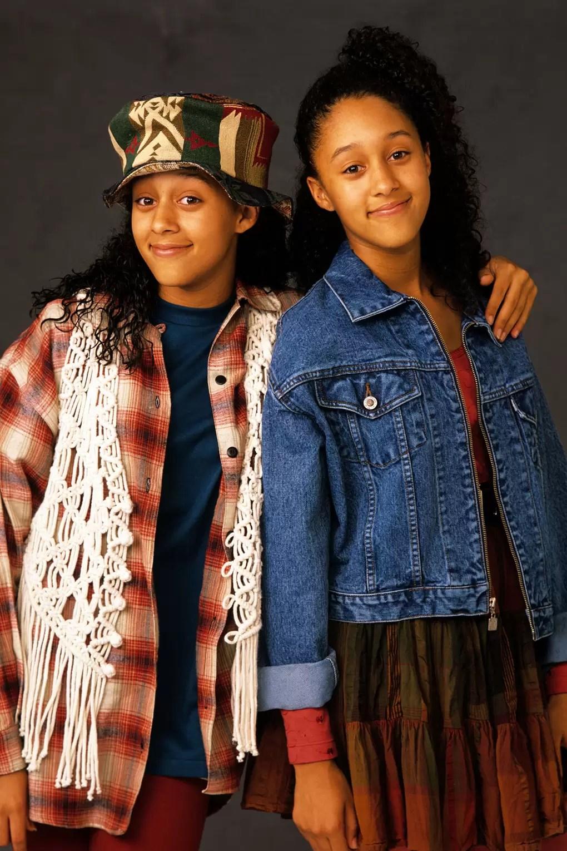 Sister Sister Reboot : sister, reboot, Sister, Reboot:, Fashion, Twins, Glamour