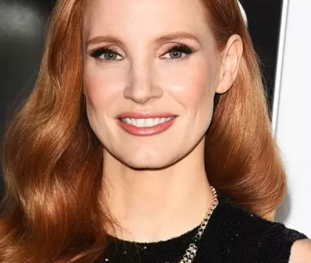 Jessica Chastain Is Recurrent In This List The Actress Really Knows How To Work Her Red Strands How Can Hair Be This Shiny Seriously Jessica Tell Us