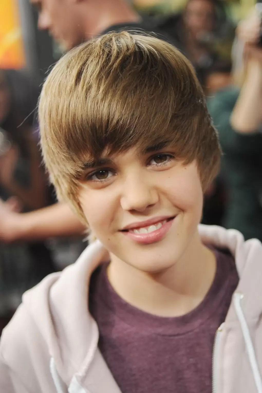Justin Bieber Old Haircut : justin, bieber, haircut, Justin, Bieber's, Hairstyles, Styles, Years, Glamour
