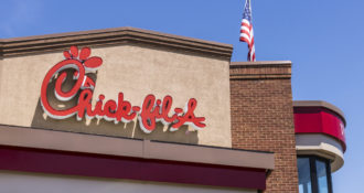 Chick Fil A and Cracker Barrel Take Top Spots In Foodservice Survey
