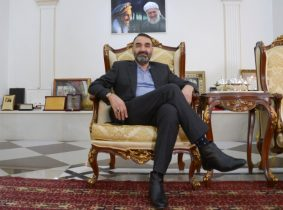 Powerful Afghan governor defying President Ghani agrees to go