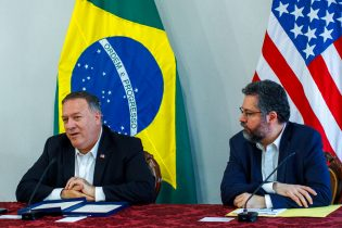 Pompeo meets with Brazil leaders to discuss evolving Venezuela migrant situation