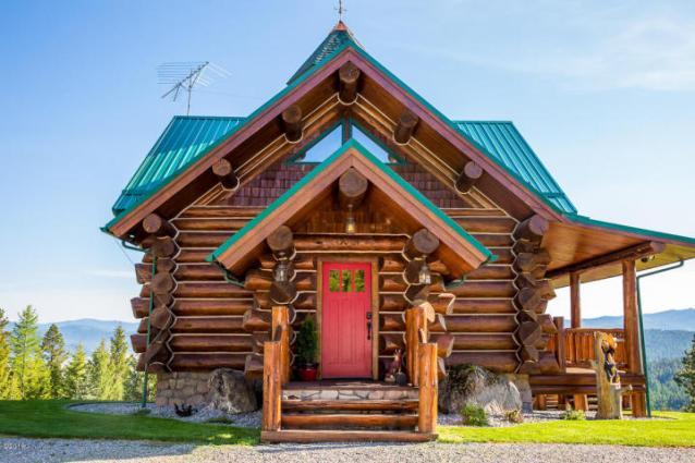 yodel-dog-exterior-side-entrance-mud-room-entry-a