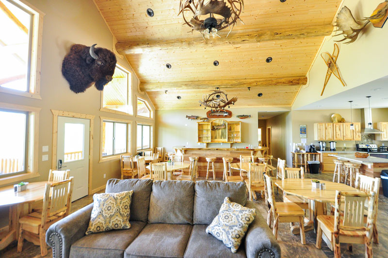 Have breakfast and make new friends in our main lobby. Relax at one of these tables and use our complimentary wifi, chill in the air conditioning, and tell the story of your rafting adventure.