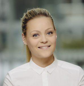 Tonje Randisdatter Tunstad er kommunestyrerepresentant for Tromsø Ap. Hun sitter også i helse- og omsorgskomiteen.,