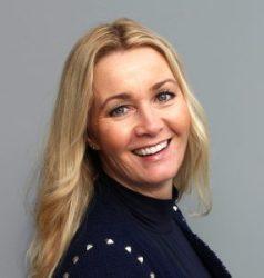 Anne Berit Figenschau er avdelingsdirektør Skatt nord, idrettsstyremedlem og kvinneforumsleder i Troms Høyre.