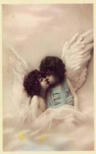 Två änglar från Kicki Lysekil