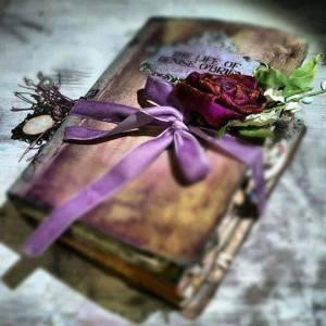Bok blomma gammal