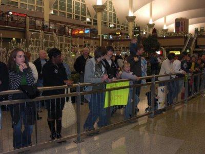 53-Families_Waiting_at_Airport