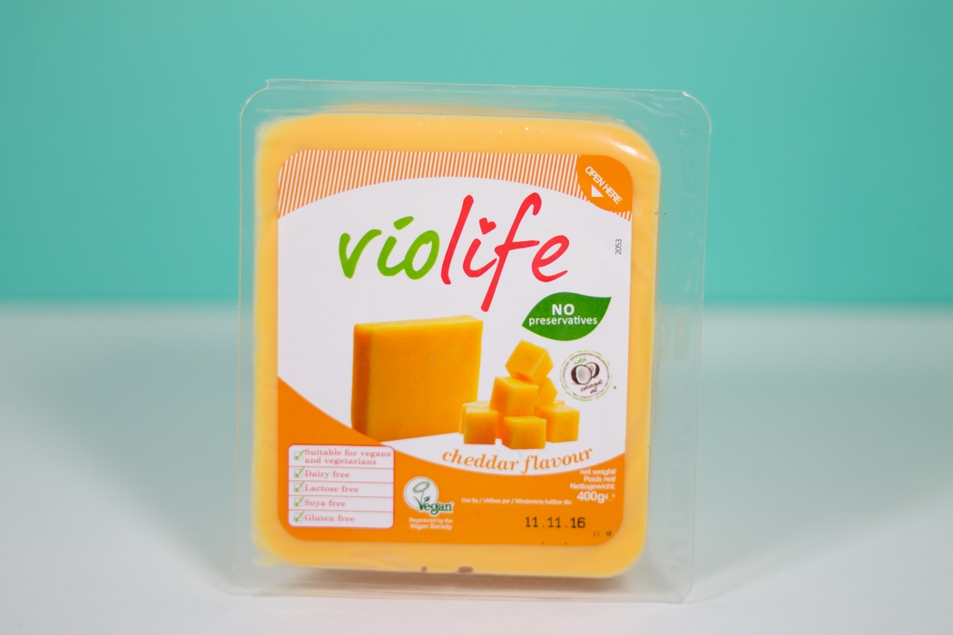 fromages-vegetaux-vegan-cheddar-violife