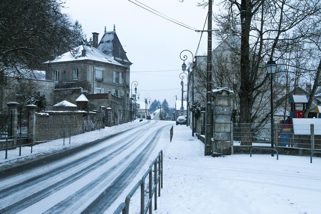 avantages-inconvenients-travailler-campagne-neige