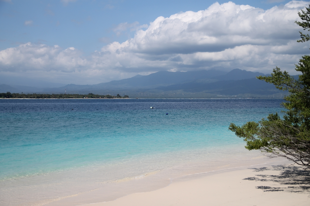 plage-indonesie-gili-meno01