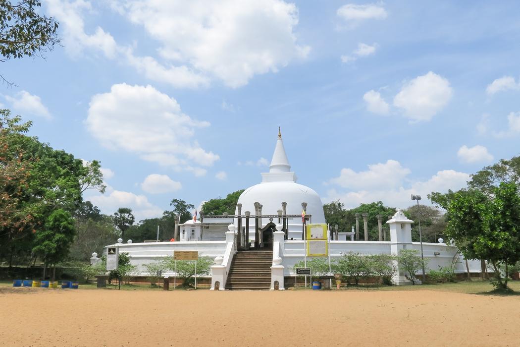 sri-lanka-anuradhapura09