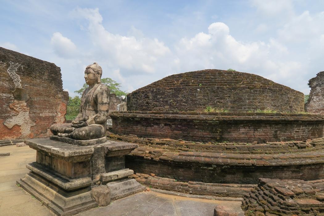 sri-lanka-circuit-polonnaruwa06