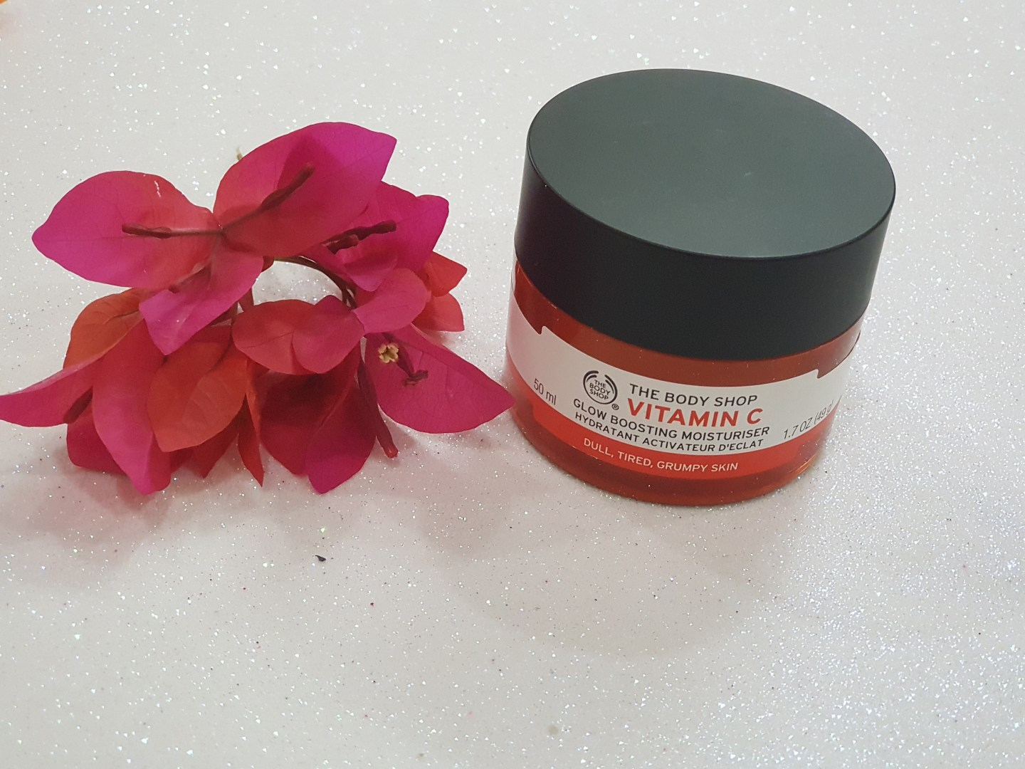 The Body Shop Vitamin C Daily Glow Face Polish and Moisturizer Review