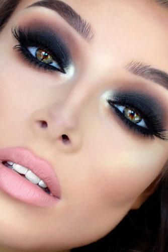 Sexy Smokey Eye Makeup Ideas