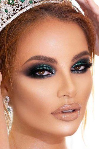 Emerald Smokey Eyes Makeup #nudelipgloss #glittersmokey