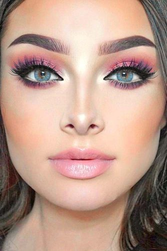 Glamorous Rose Gold Makeup Looks picture 1