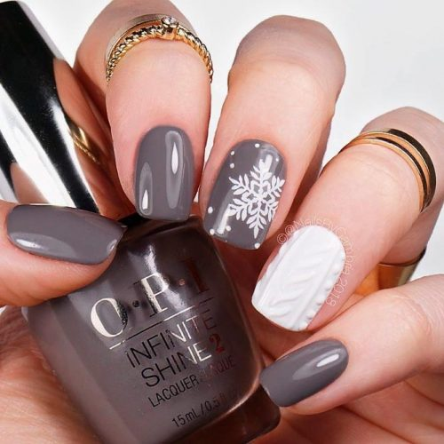 Winter Nails Art With Knited Accented Finger #winternail #knitednail