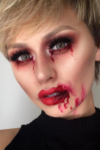 Fun and Scary Vampire Makeup Looks picture 6