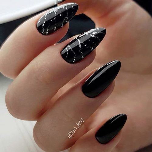 Black Almond Nails With Silver Glitter Pattern #silverglitter