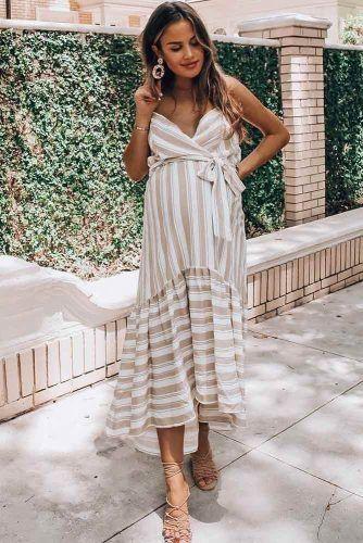 Striped Sundress Maternity Outfit #maternitysundress