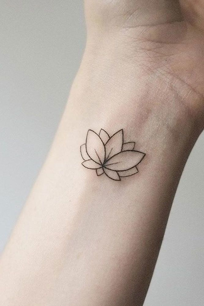 Minimalist Lotus Tattoo : minimalist, lotus, tattoo, Lotus, Flower, Tattoo, Ideas, Express, Yourself
