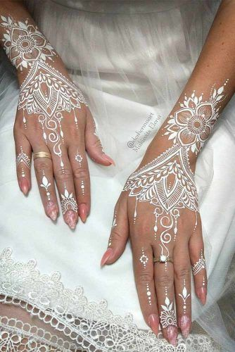 White Henna Tattoo Design #whitehennatattoo