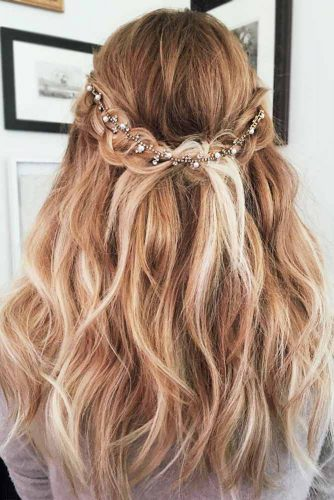 Romantic Half Up Half Down Hairstyles Picture 3