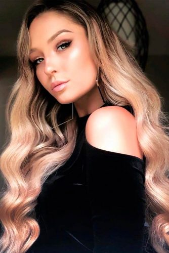 Beautiful And Chic Long Wavy Hairstyles #wavyhairstyles #hollywoodwaves